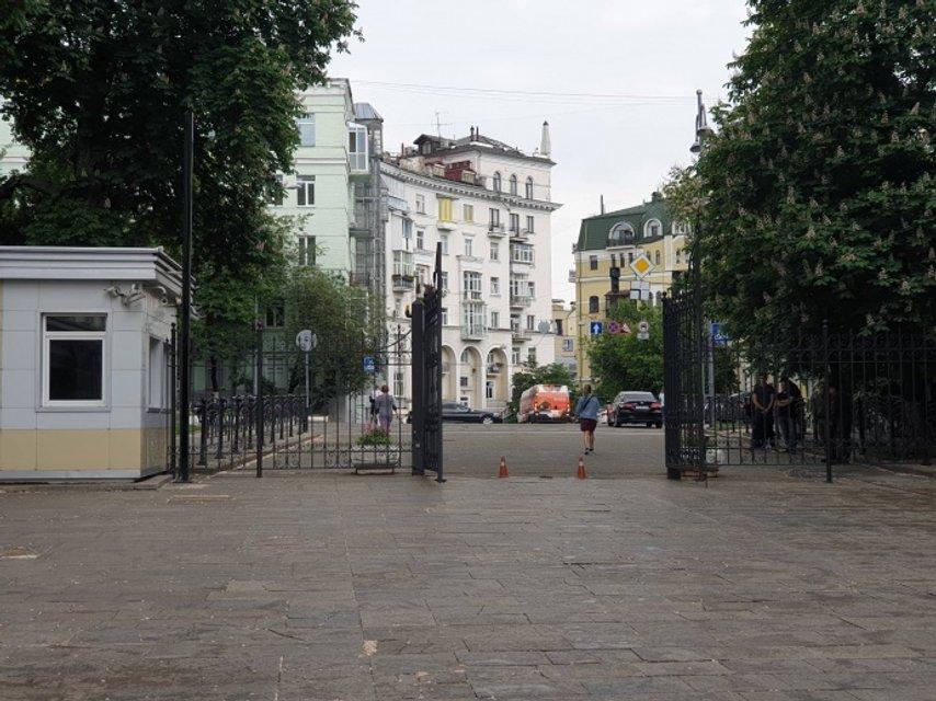 Дорогу к Зеленскому открыли для всех – ФОТО - фото 181345