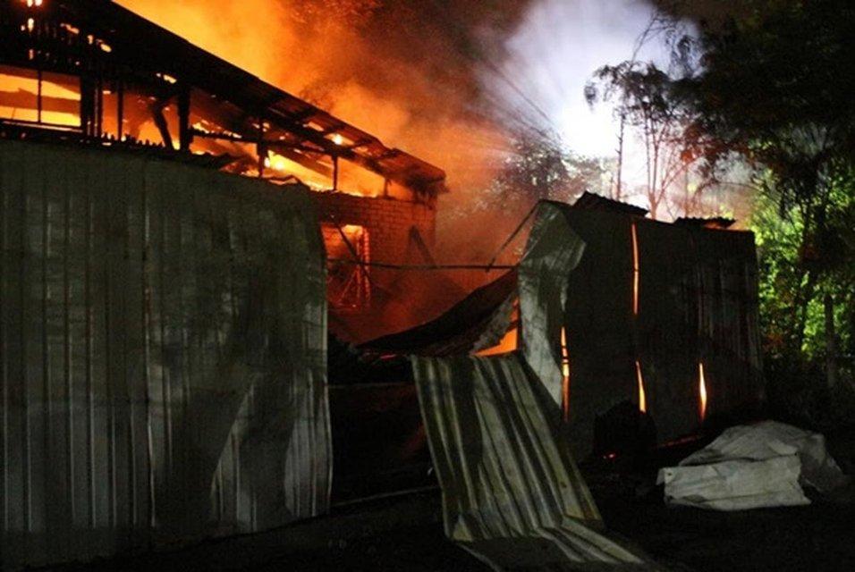 В Одесской психбольнице заживо сгорели пациенты (ФОТО+ВИДЕО) - фото 182478
