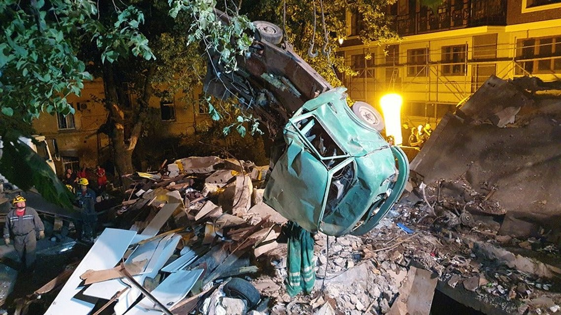 В центре Киева прогремел мощнейший взрыв (ФОТО) - фото 182782