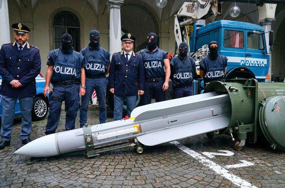 Друг Путина заявил о покушении 'украинских неонацистов' с помощью ракеты воздух-воздух — фото 184361