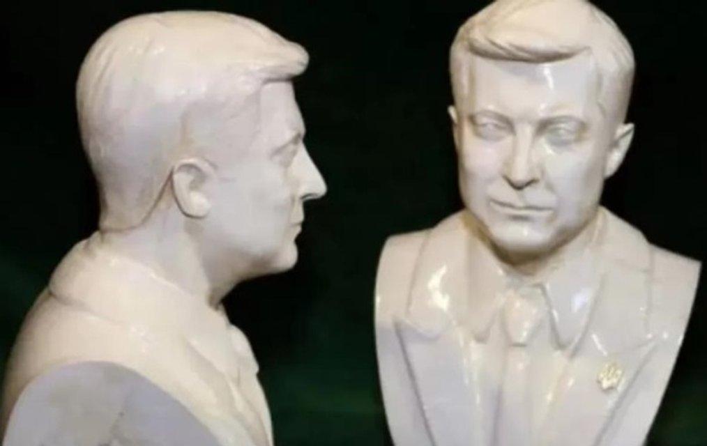 Бюст вместо портрета: в Украине начали штамповать скульптуры Зеленского - фото 184812