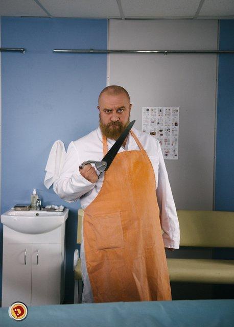 Сериал Медфак: Егор Крутоголов сыграет рыжебородого патологоанатома - фото 186057