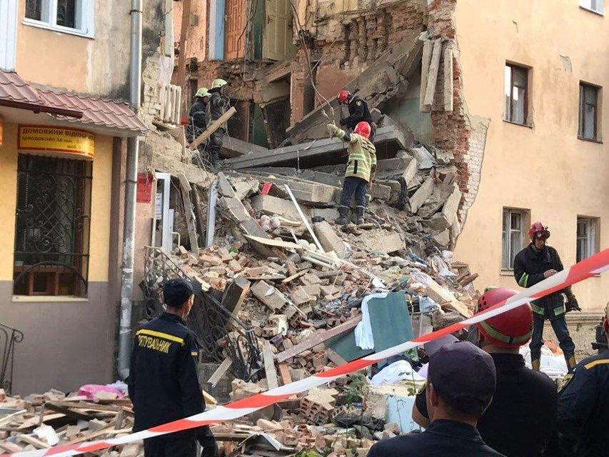 В Дрогобыче прогремел взрыв, есть жертвы – ФОТО, ВИДЕО - фото 186645