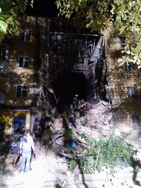 В Дрогобыче прогремел взрыв, есть жертвы – ФОТО, ВИДЕО - фото 186646