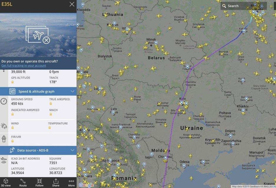 Друг Путина или Онищенко: над Украиной внаглую пролетел самолет из Москвы (ФОТО) - фото 187560