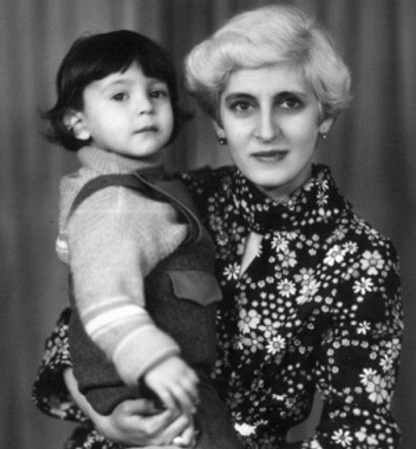 Маму Зеленского ярко поздравили с днем рождения – ВИДЕО - фото 187958