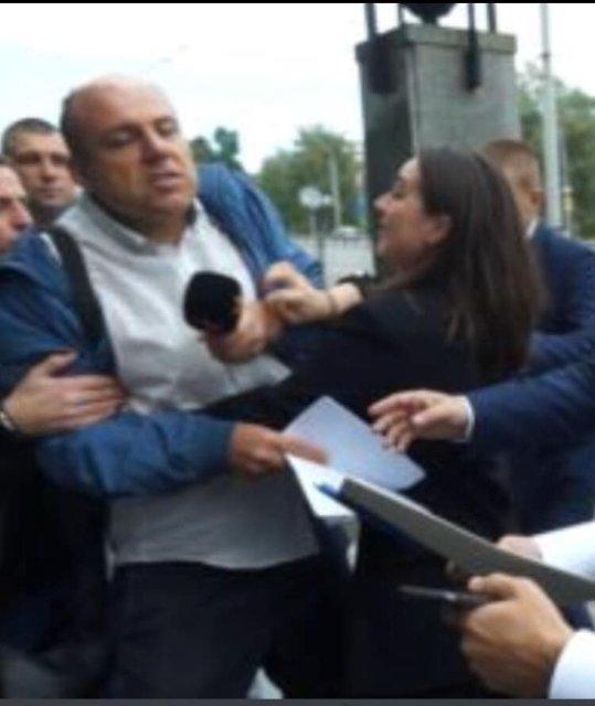 Юлия Пендель: Пресс-секретарь Зеленского свирепо набросилась на журналиста - ВИДЕО - фото 188571