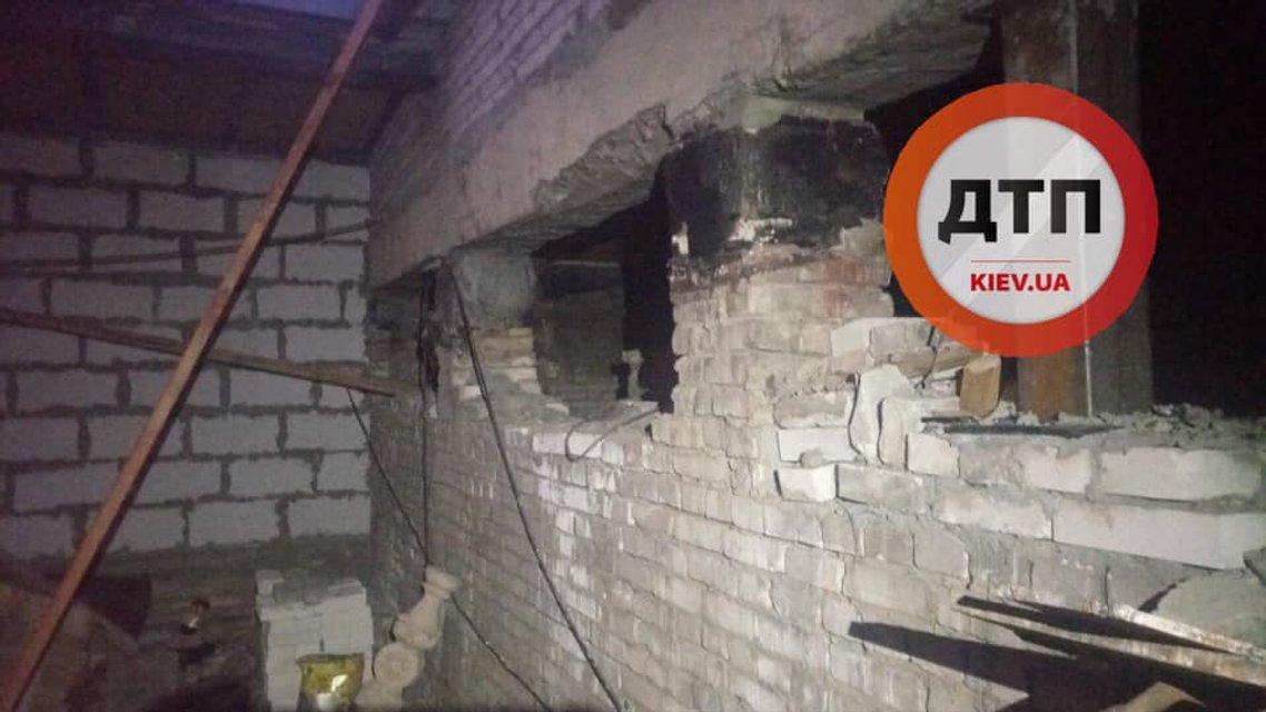 Адвокат-владелец жлобнадстройки на Майдане угрожает взорвать дом (ФОТО) - фото 189746
