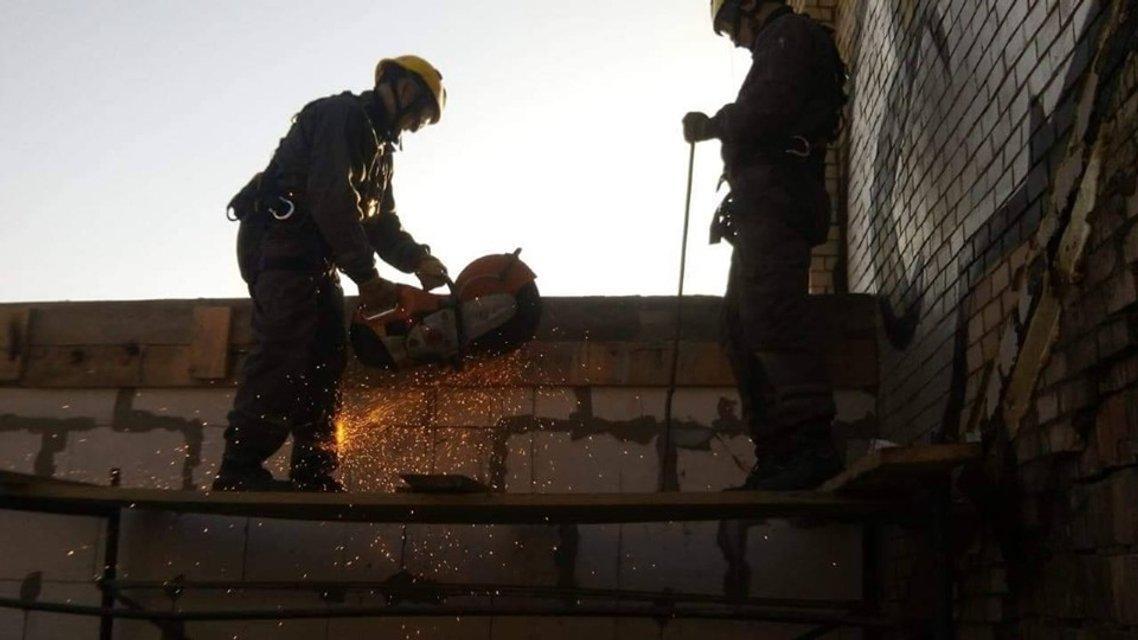 Адвокат-владелец жлобнадстройки на Майдане угрожает взорвать дом (ФОТО) - фото 189761