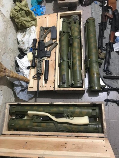 У харьковского стрелка нашли огромный арсенал оружия (ФОТО) - фото 190232