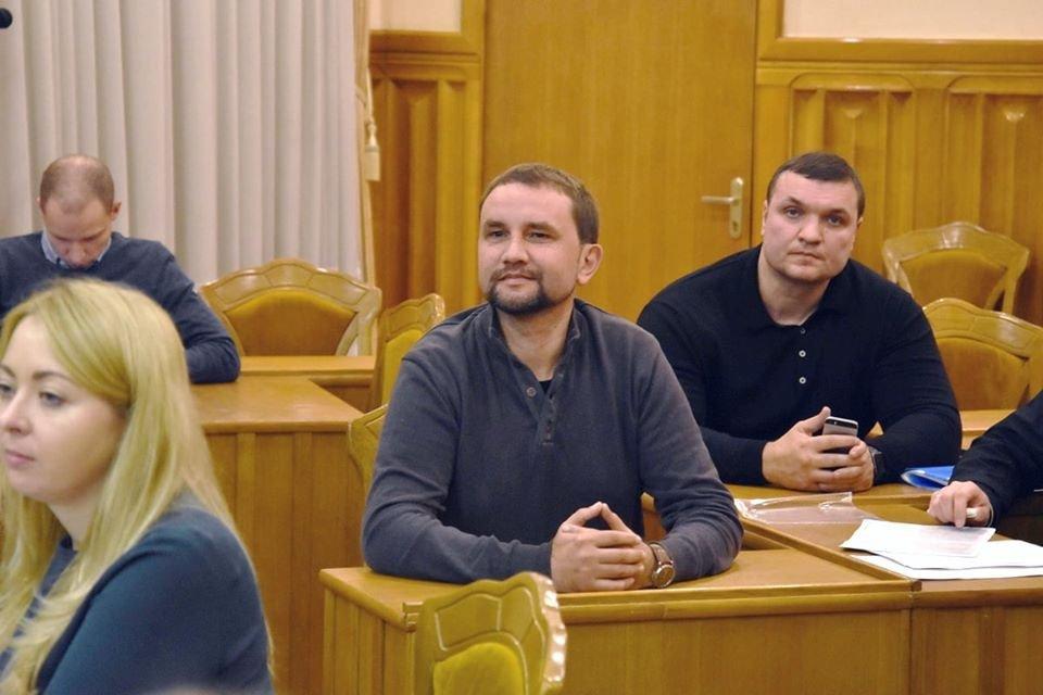 ЦИК одобрила мандат Вятровича – яркие ФОТО триумфа историка - фото 191304