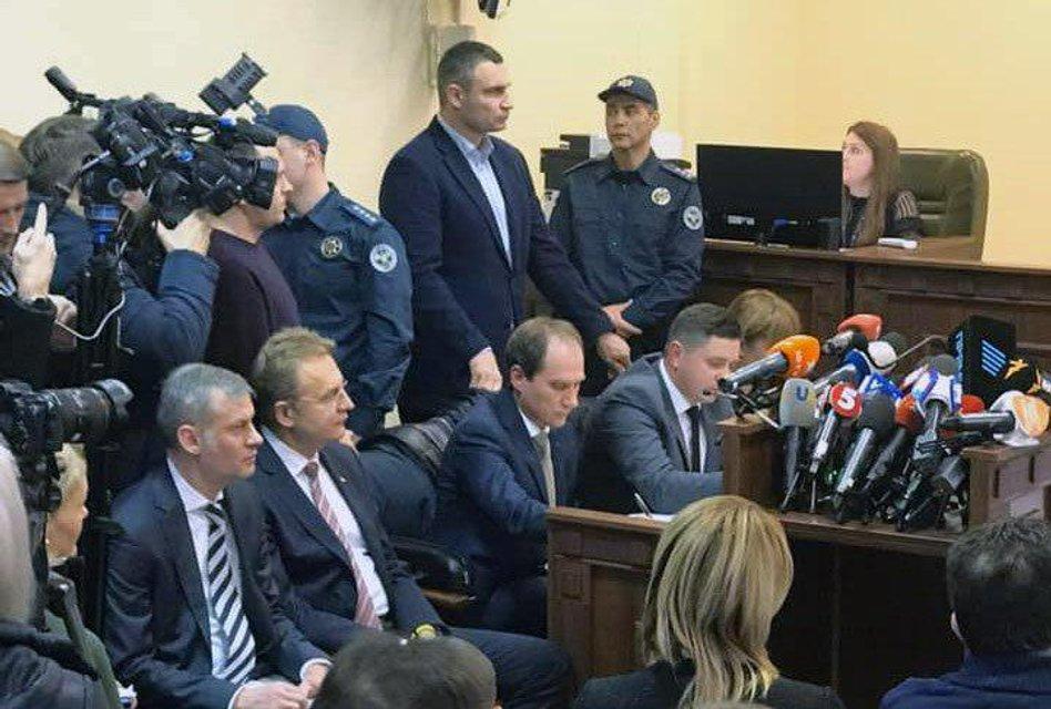 Суд отпустил Андрея Садового. Но есть условие - фото 191967