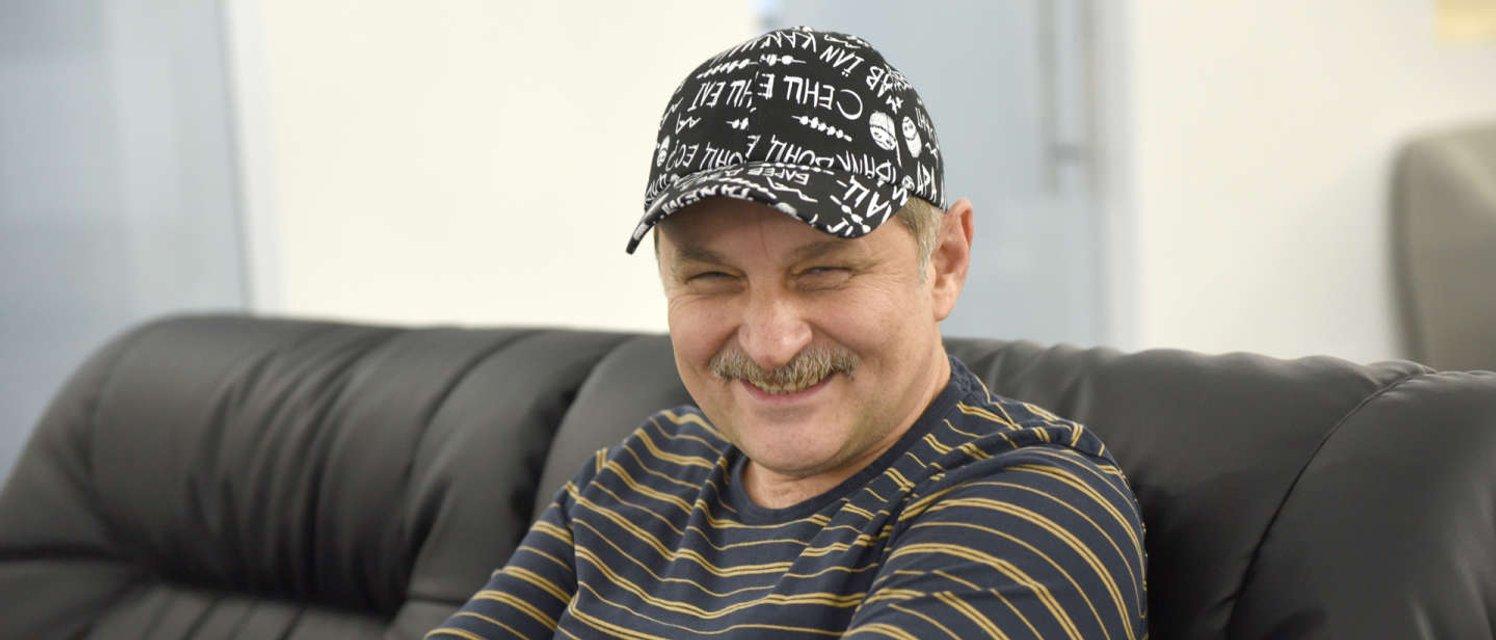 Зарабатывает в Крыму: комик 'Квартала'  влип в громкий скандал - фото 192195