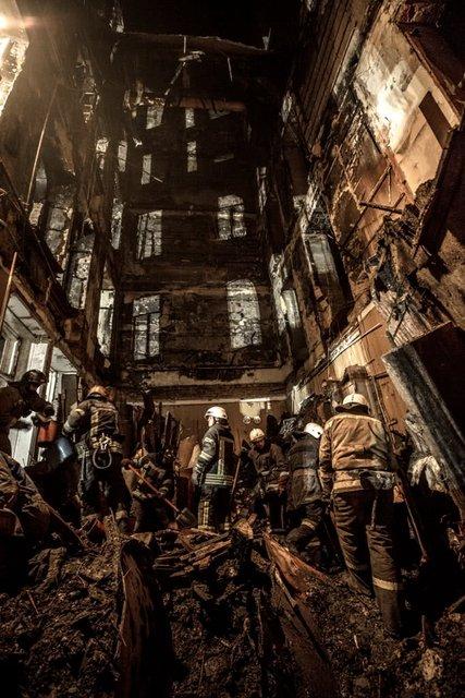 Пожар в Одессе: спасатели до сих пор не нашли 14 пропавших (ФОТО) - фото 192424