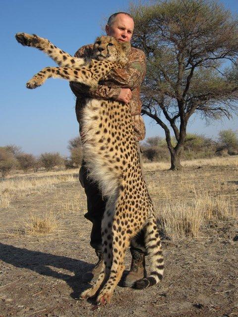 Шуфрич прославился на весь мир, убив ради развлечения редчайших животных (ФОТО) - фото 193593