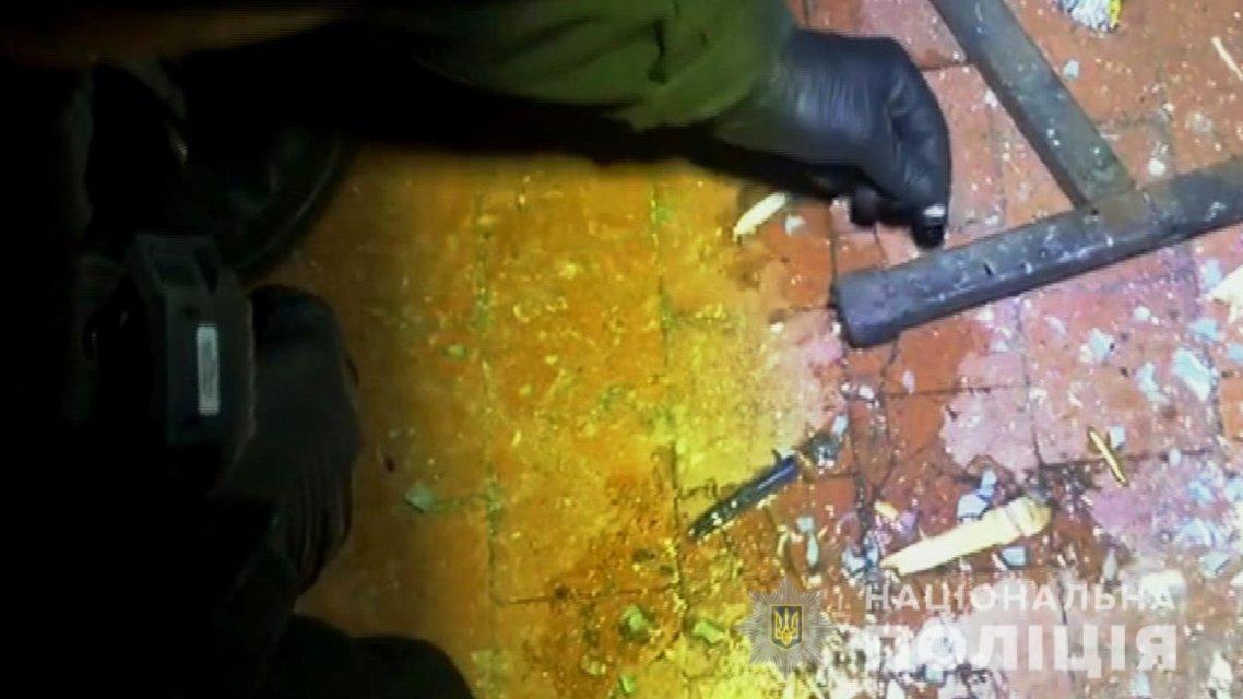 В общежитии Одессы мужчина подорвал соседей гранатой (ФОТО) - фото 193935
