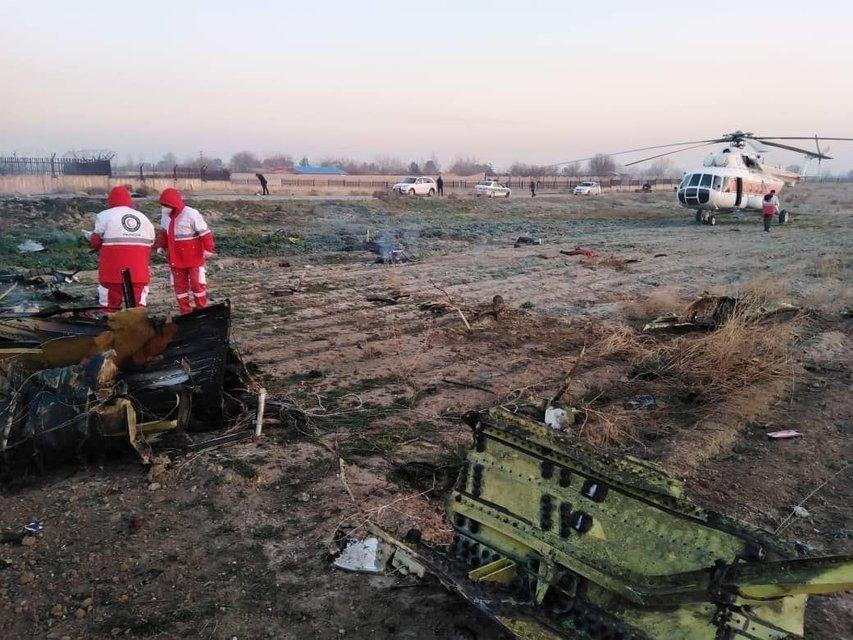 В Иране разбился украинский пассажирский Боинг - 176 человек погибли - фото 193961