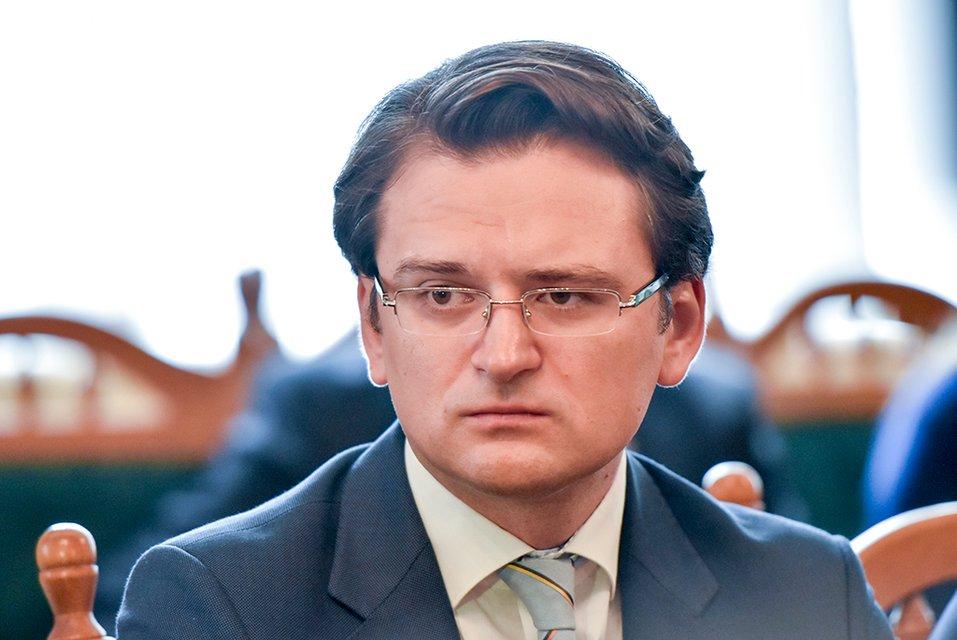 Украинский дипломат заразился коронавирусом - фото 197241