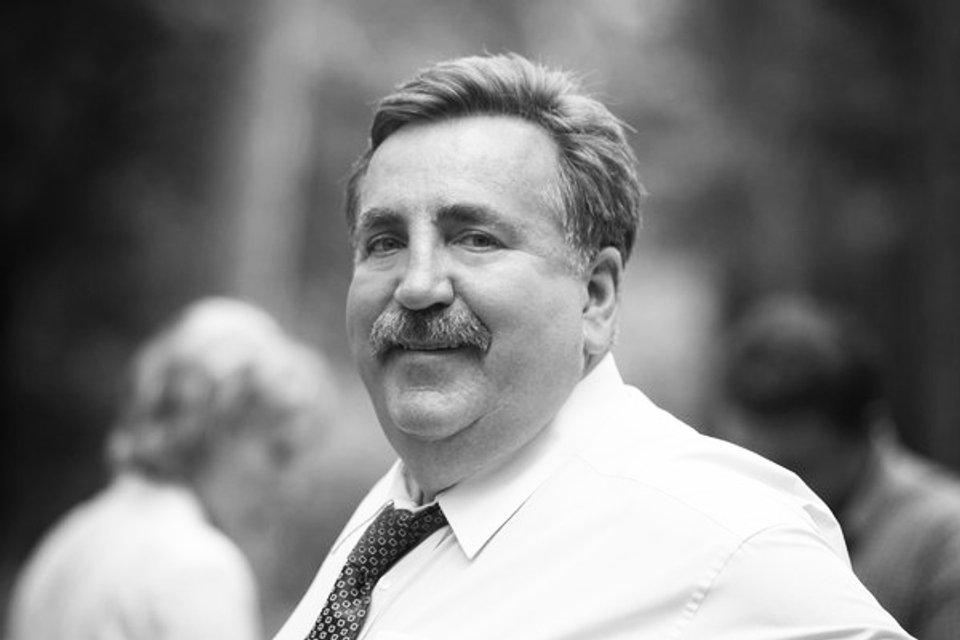 Экс-владелец крупного банка погиб в ДТП под Житомиром: Раскрыты детали - фото 198026