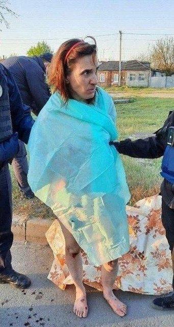 В Харькове задержали голую женщину с отрезанной головой ребенка – ФОТО - фото 199414