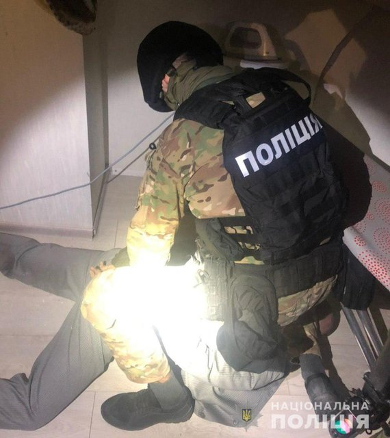На Киевщине русский  ограбил украинцев и грозился подорвать дом – ФОТО, ВИДЕО - фото 199608