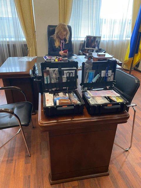 'Нагадить успели!': Неизвестные взломали кабинет замминистра юстиции - фото 200194