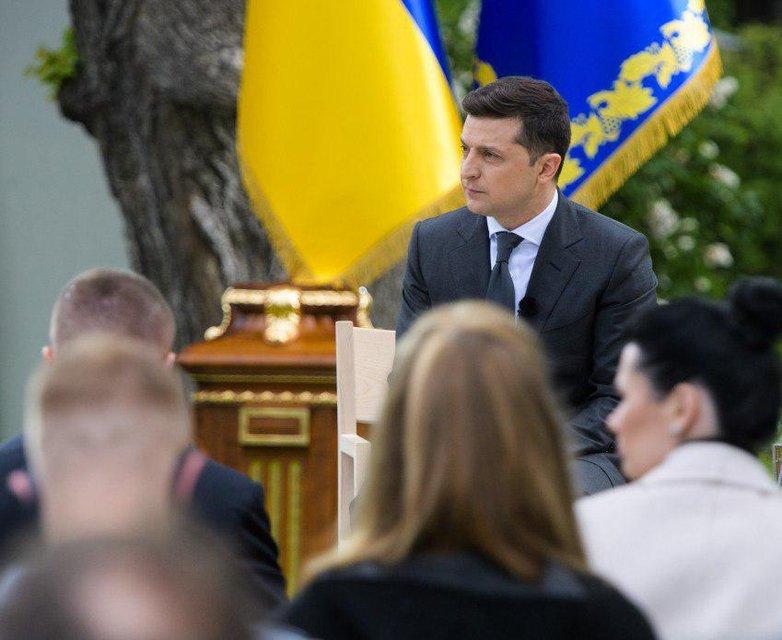 Зеленский намекнул, что хочет на второй срок - фото 200261