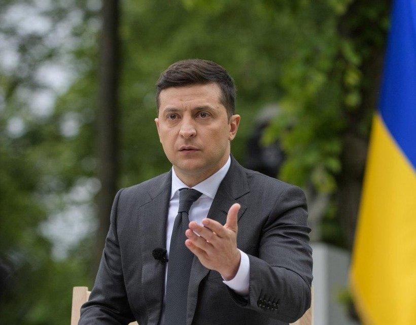 Кумовство, провалы и посадка Порошенко: Главное из пресс-конференции Зеленского - фото 200276