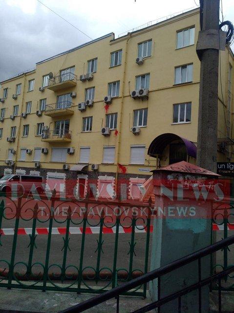 Возле офиса Медведчука прогремел взрыв – СМИ (ФОТО, ВИДЕО) - фото 200431