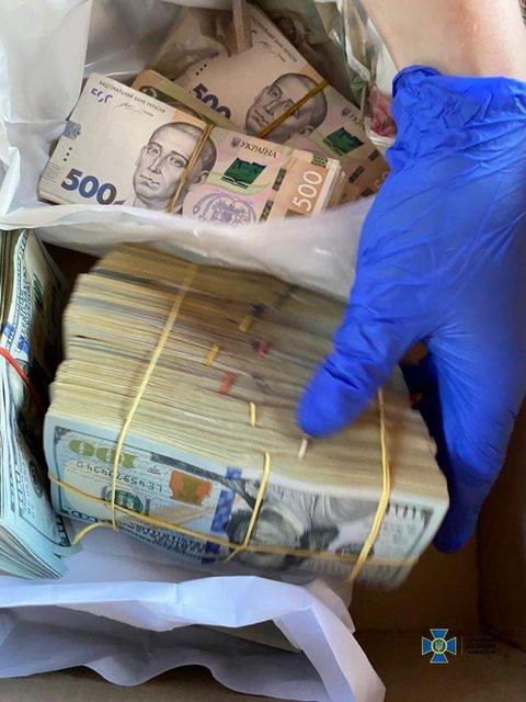 Губернатора Кировоградской области задержали на вымогательстве 1,8 миллиона (ФОТО) - фото 201961