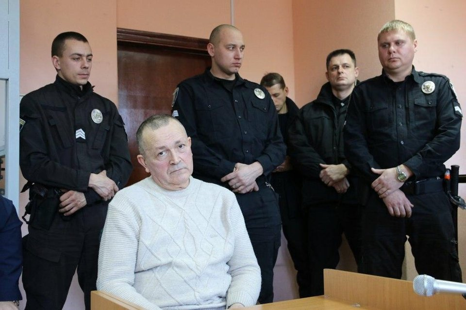 Суд кинул за решетку 'экс-главу МОЗ' Крыма: Все подробности - фото 202711