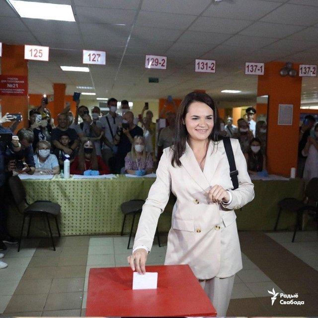 Выборы в Беларуси: Лукашенко уверенно победил, но в это не верят - фото 203775