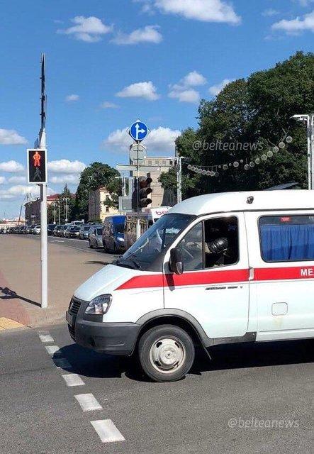 Протесты в Беларуси, день третий: Хроника событий - ФОТО, ВИДЕО - фото 203920