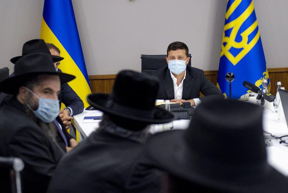 Украина ограничит паломничество хасидов в Умань - фото 204467