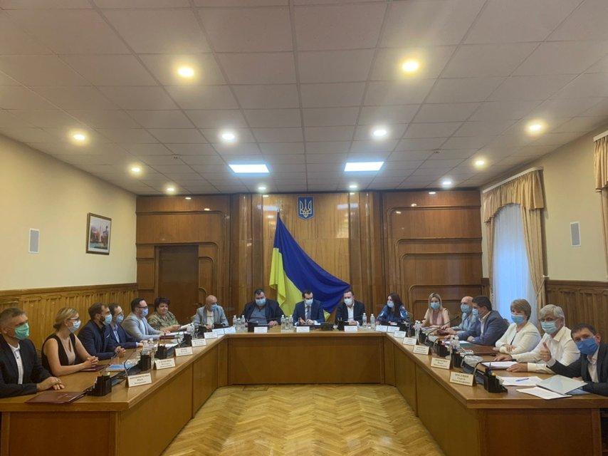 Названа дата старта избирательной кампании в Украине - фото 204729