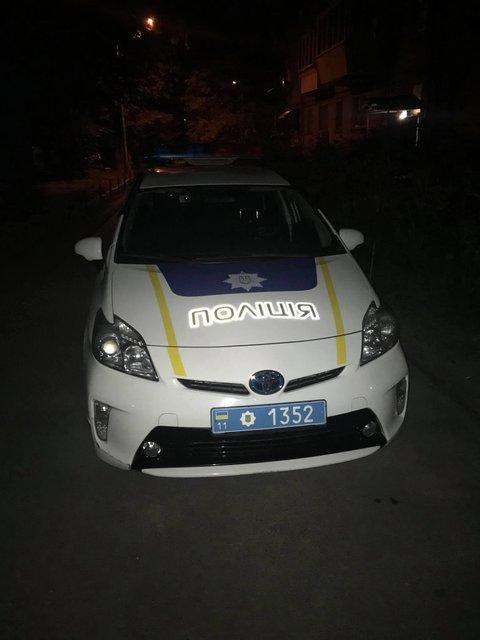 Неизвестные вломились в дом журналиста 'Схем': НПУ никого не нашла – ФОТО - фото 205314