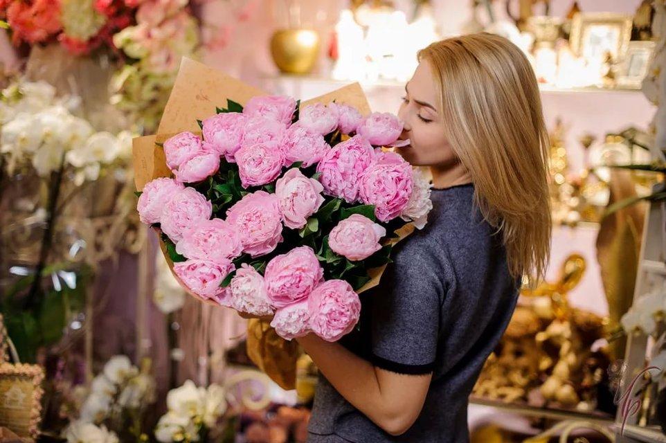 Доставка цветов – полезная и удобная услуга - фото 205337