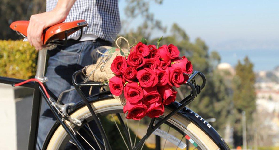 Доставка цветов – полезная и удобная услуга - фото 205338