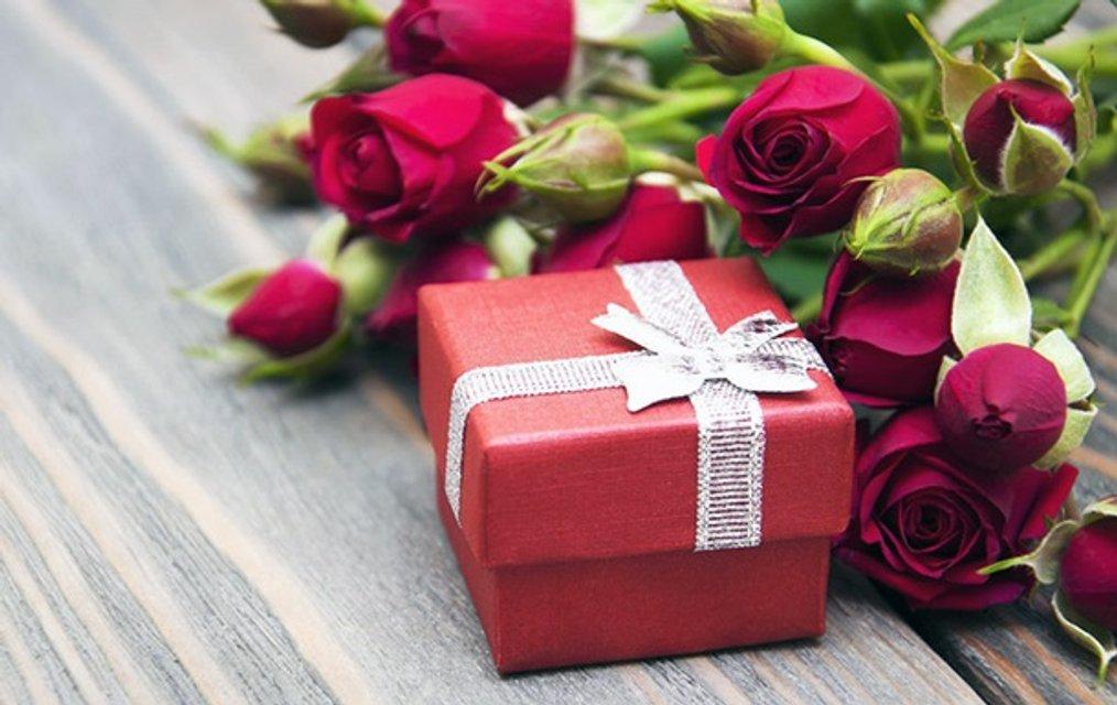 Подарки для любимой: как удивить ее 8 марта? - фото 207059