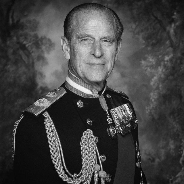 Помер принц Філіп - фото 207649