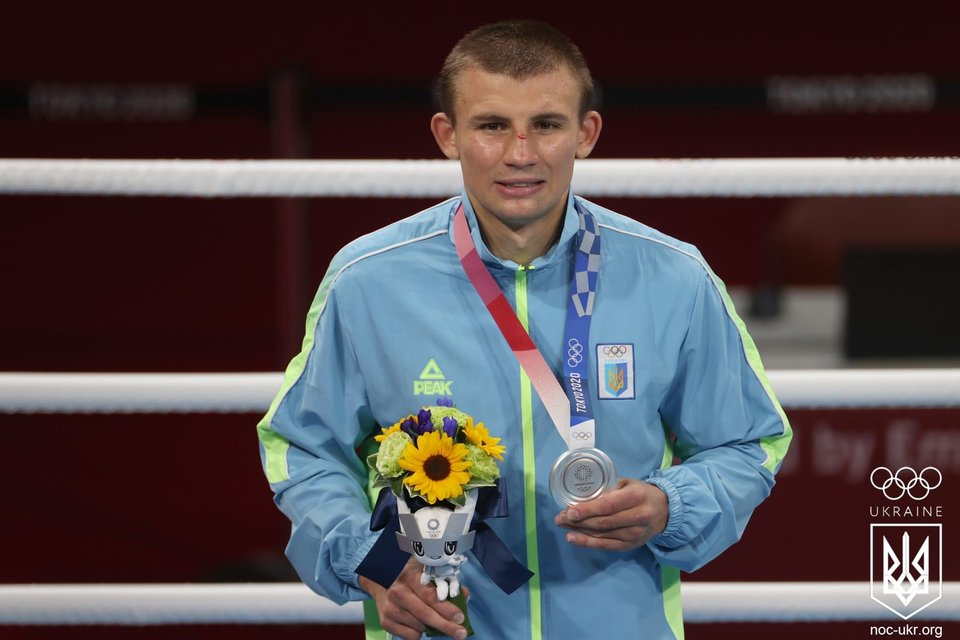 Срібло з гірким присмаком: Олександр Хижняк програв у фіналі Олімпіади-2020 - фото 208792