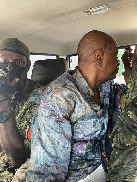 У Гвінеї відбувається воєнний переворот - фото 209029