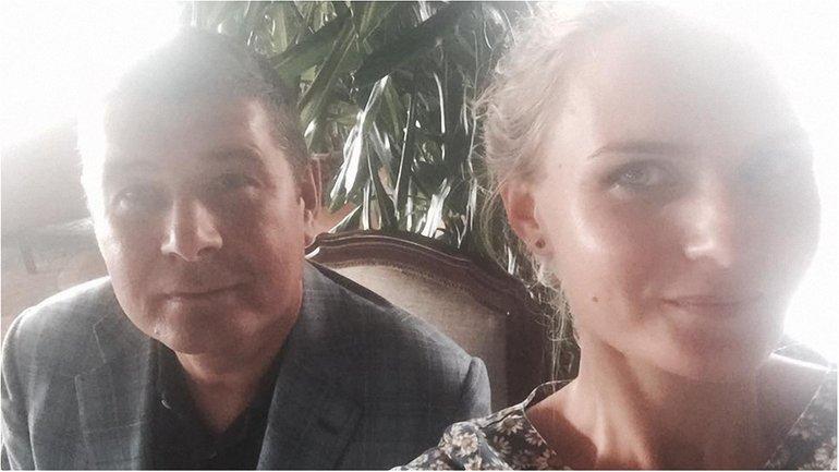 Журналистка Страны Светалана Крюкова гордится селфи с Онищенко - фото 1