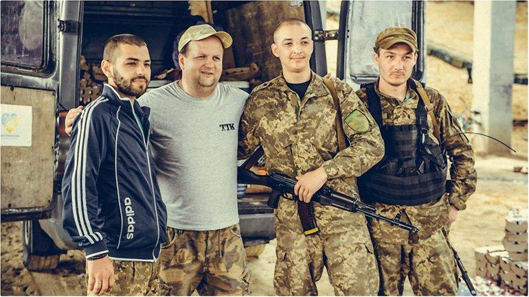 Гурт ТІК зняв кліп під час поїздок на Донбас - фото 1