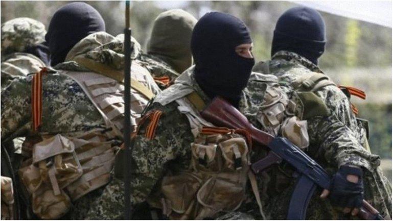 Судя по всему, в зоне АТО террористы используют лазерное оружие. - фото 1