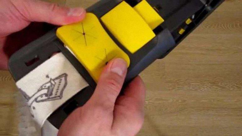 """Под описанием """"устройство с держателем и насадкой"""" скрывалась банальная швабра. - фото 1"""
