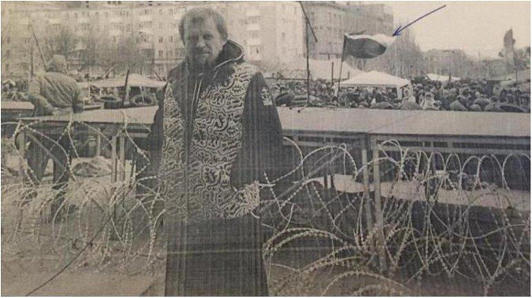 """Воины-афганцы, стоявшие на Майдане, помогли """"черной роте"""" """"Беркута"""" выехать из Киева. - фото 1"""