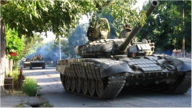 Командование боевиков в Кремле решило проверить боеготовность личного состава оккупантов - фото 1