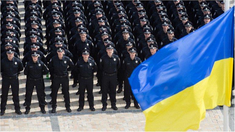 6 тысяч полицейских охраняли правопорядок в Киеве - фото 1