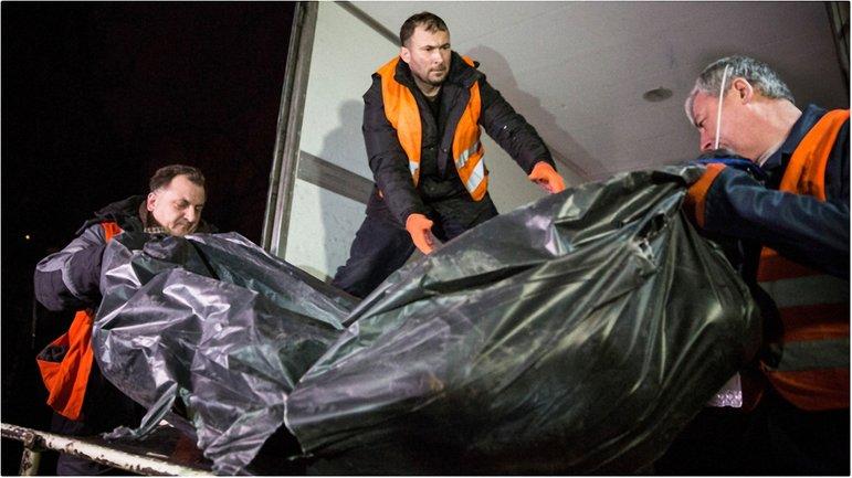 Восемь российских оккупантов отправятся домой в цинке - фото 1